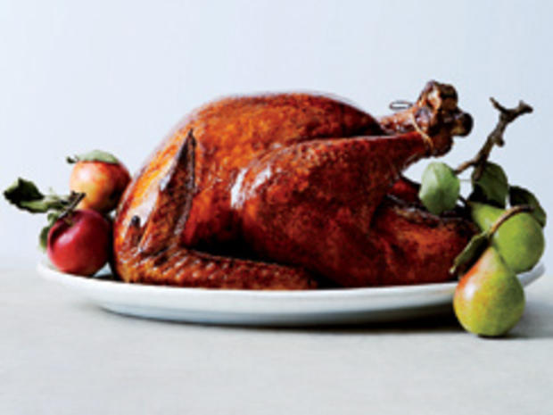 glazed-and-lacquered-roast-turkey-christopher-testani-244.jpg