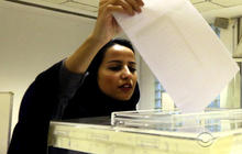 Saudi Arabian women vote for the first time