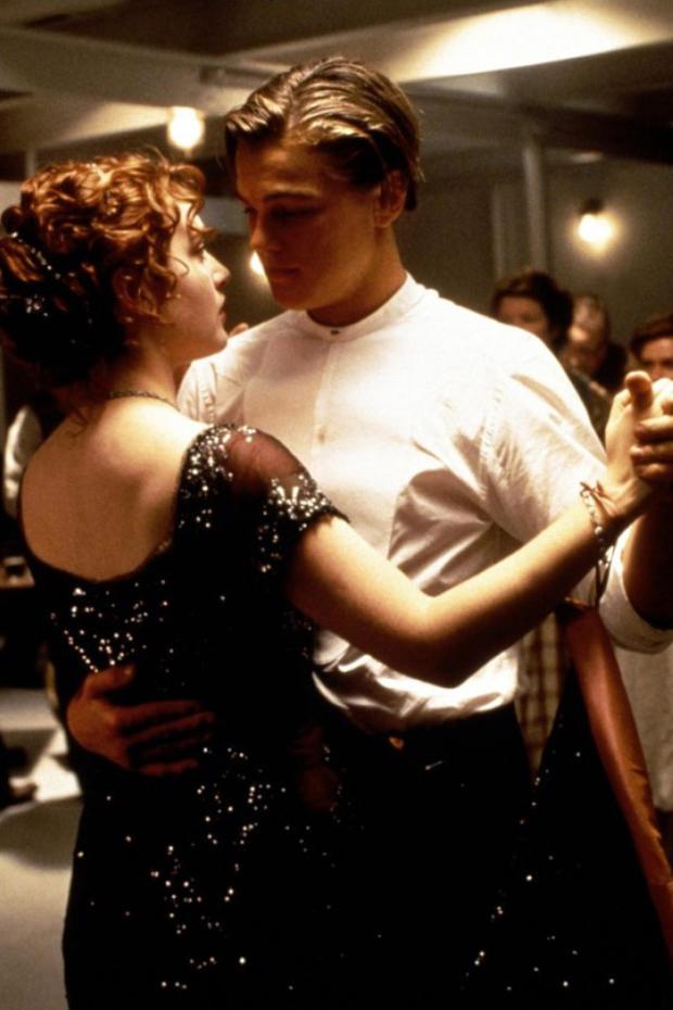kate-winslet-titanic-dancing.jpg