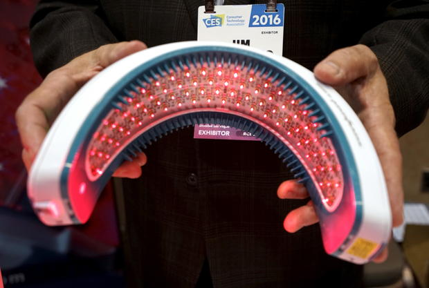 Hairmax Laserband Ces 2016 Cool New Tech Gadgets At Consumer Electronics Show In Las Vegas Pictures Cbs News
