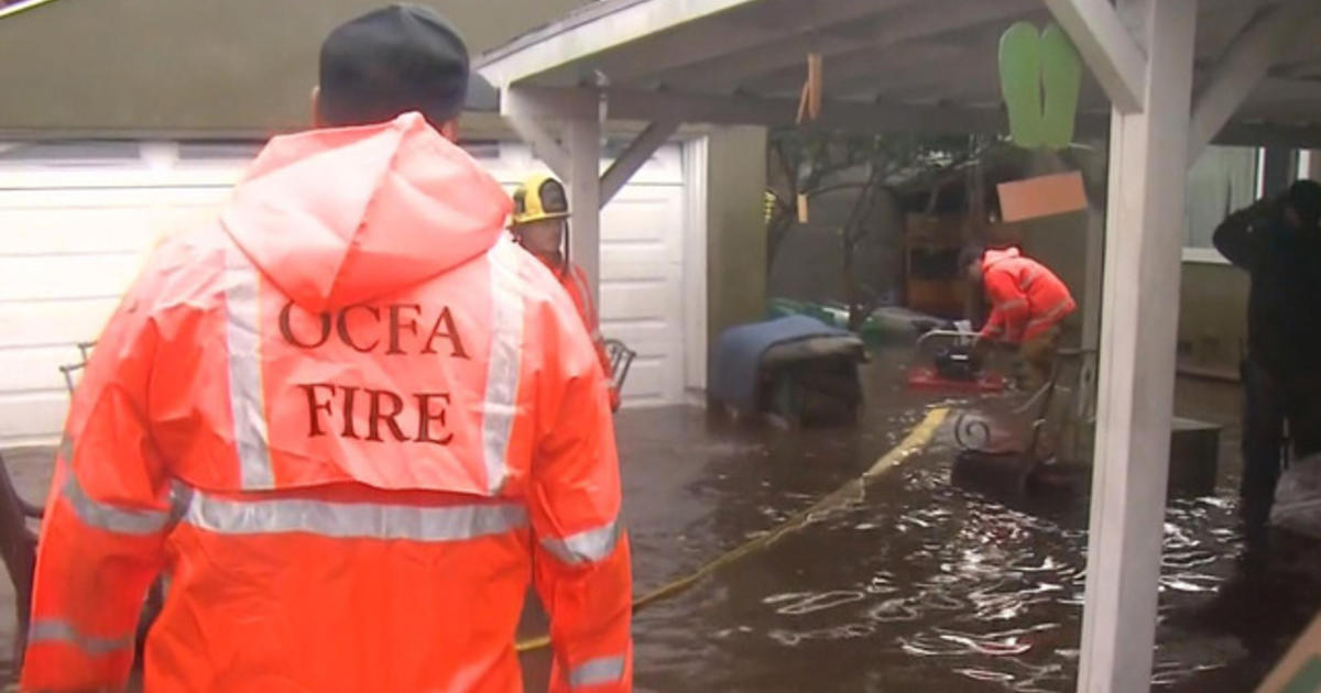 More rescues, evacuations as El Niño storms batter California