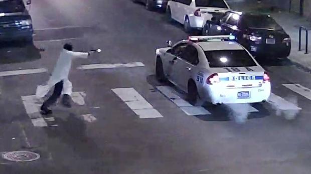 Police Officer shot rtx21kqk.jpg