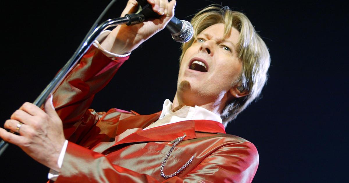 David Bowie dead at 69 - CBS News