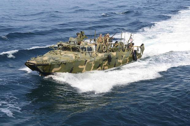 2016-01-12t232053z1710485027tm3ec1c1ebr01rtrmadp3usa-iran-boats.jpg