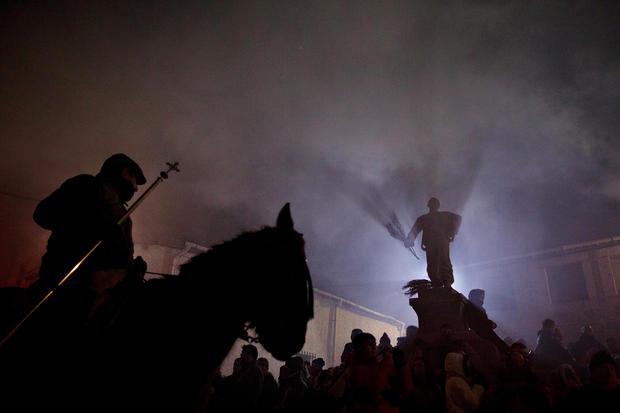 Festival of bonfires and horses