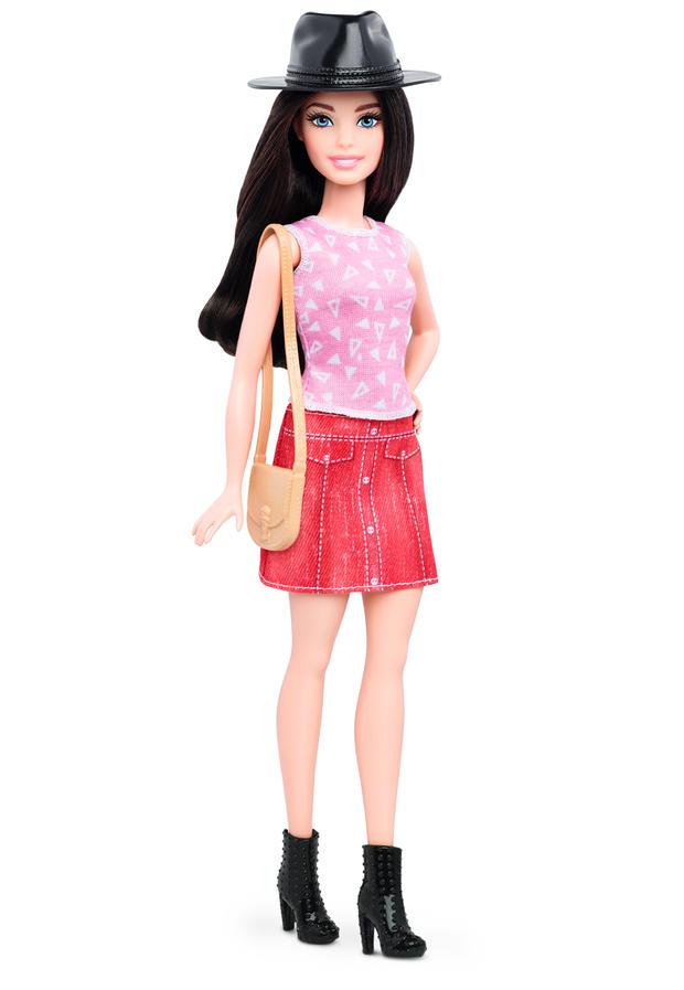 19-barbie-petite-dtf03049fulllengthpackouttcm718-118039.jpg