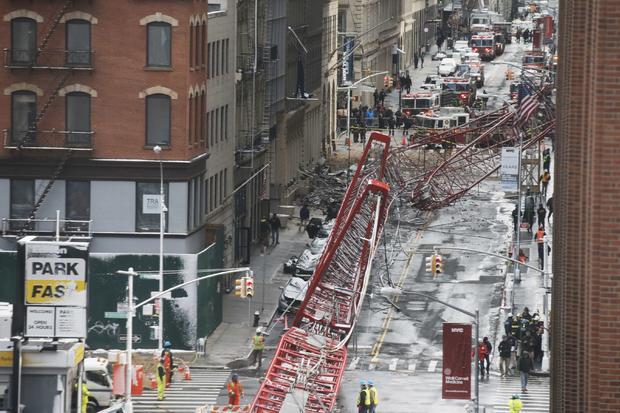 2016-02-05t180304z1837561771tb3ec251dq8tcrtrmadp3new-york-crane.jpg