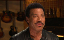 How Lionel Richie dealt with the stress of music industry