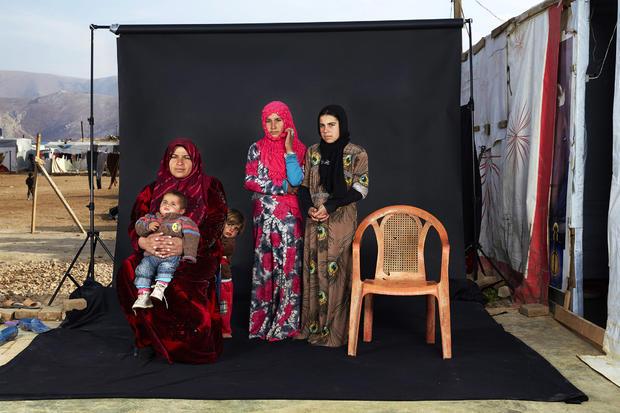 c-dario-mitidieri-lost-family-portraits.jpg