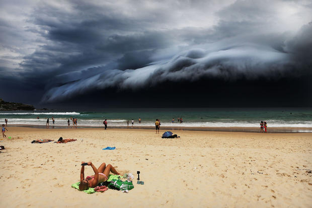 c-rohan-kelly-storm-front-on-bondi-beach.jpg