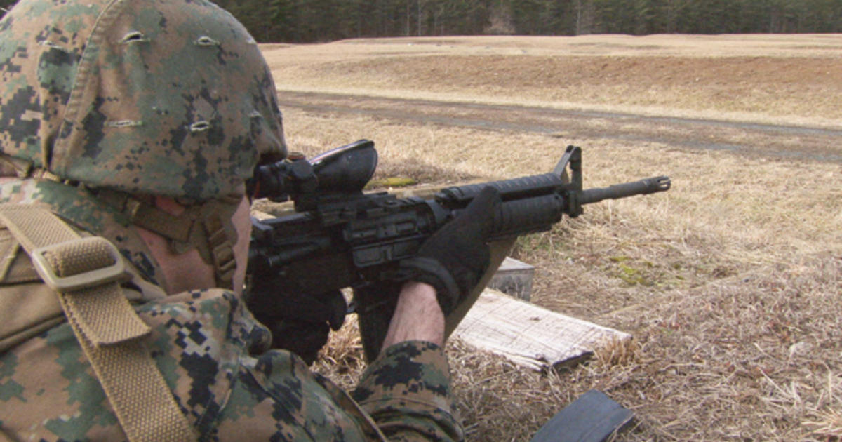 The M4: The Marines' new weapon of choice - CBS News