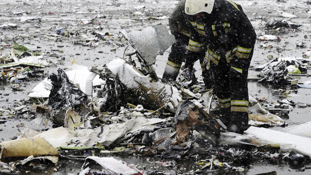 Emergencies Ministry members search the wreckage at the crash site of Flight 981, a Boeing 737-800 operated by Dubai-based budget carrier FlyDubai, at the airport of Rostov-On-Don, Russia, March 19, 2016.