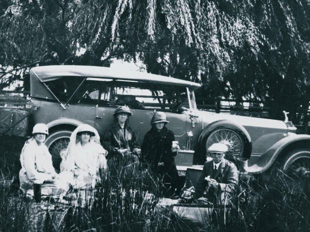 rolls-royce-the-picnic-1922.jpg