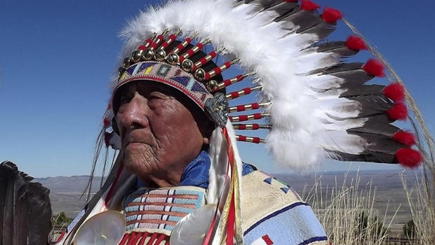 Last plains indian war chief dies at age 102 cbs news sciox Image collections