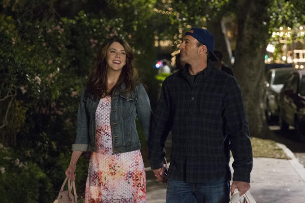 """""""Gilmore Girls"""" reboot: First photos released"""