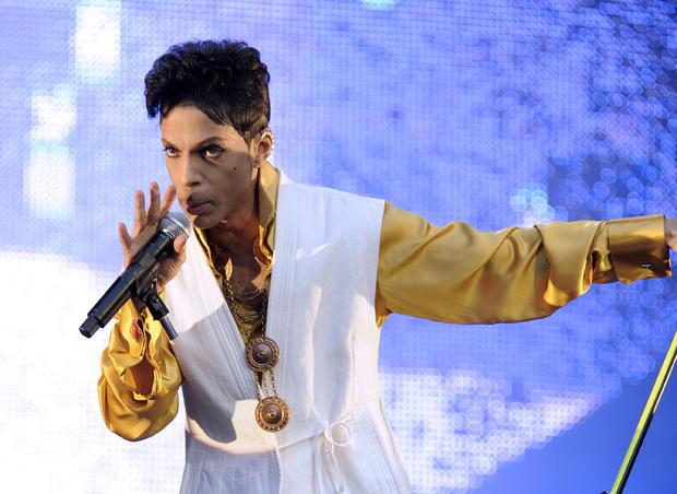 prince-2011-gettyimages-119005799.jpg