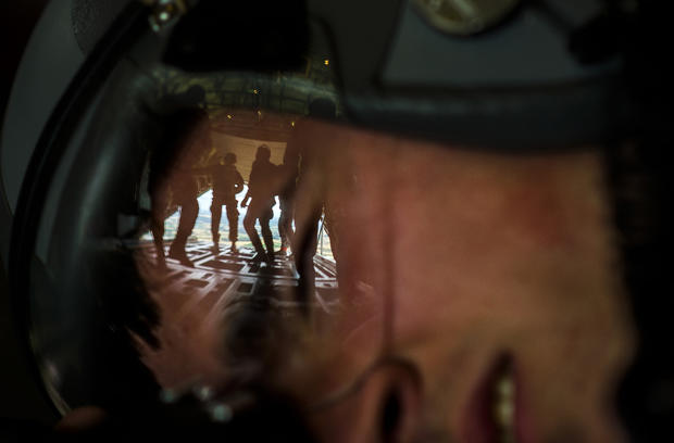 hon-mention-in-the-combat-training-category-view-behind-the-lens-senior-airman-damon-kasberg-usaf26458109661o.jpg
