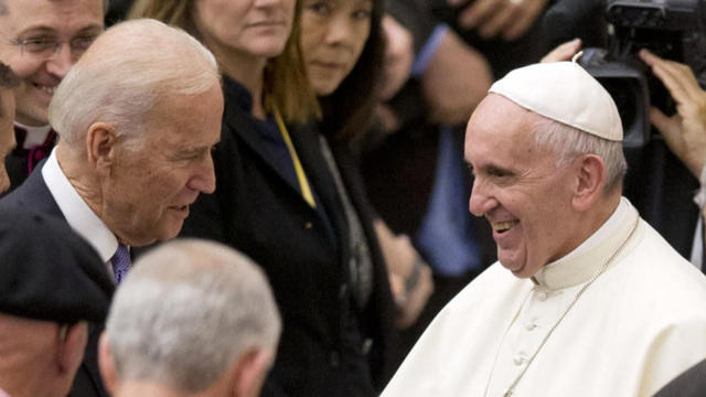 Joe Biden Joins Pope Francis At Vatican In Appeal For Cancer Research Cbs News