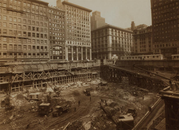empire-state-building-nypl-10-construction.jpg