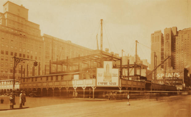 empire-state-building-nypl-01-construction.jpg