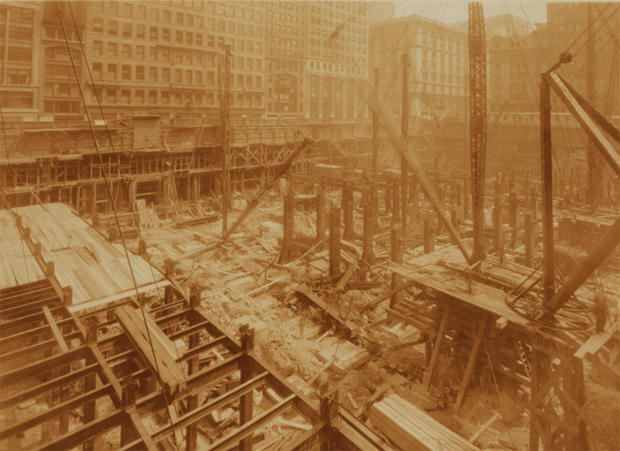 empire-state-building-nypl-05-construction.jpg