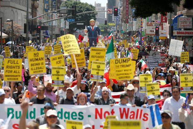 2016-05-01t235051z284723309s1betbpyvrabrtrmadp3usa-election-trump-protest.jpg