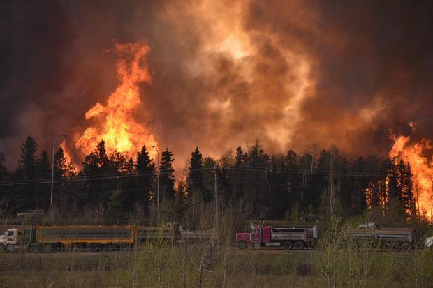 A wildfire worsens along Highway 63 Fort McMurray, Alberta, Canada, on May 3, 2016.