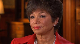 Jarrett reveals connection to gun violence