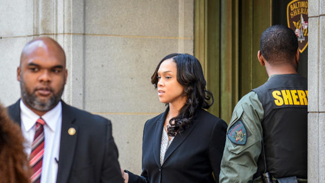 ​Baltimore City State's Attorney Marilyn Mosby departs the courthouse on the first day of the Caesar Goodson trial in Baltimore, Maryland, June 9, 2016.