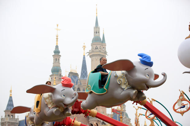 Shanghai Disney makes its debut