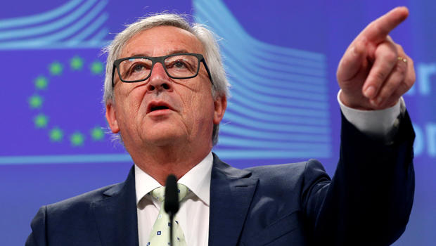 European Commission President Jean-Claude Juncker briefs the media after Britain voted to leave the bloc, in Brussels, Belgium, June 24, 2016.