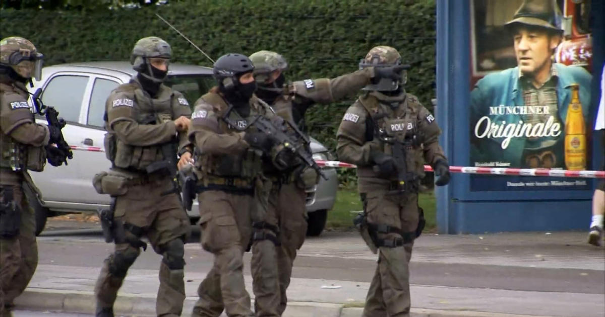 police gunman and 9 victims dead in munich mall shooting cbs news. Black Bedroom Furniture Sets. Home Design Ideas