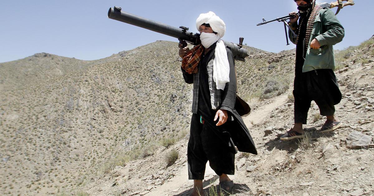 طالبان: افغانستان کې د بهرنیو پوځیانو تر شتون پورې جګړه کوو
