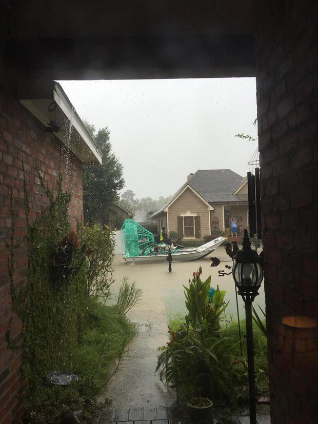 louisiana-flooding-lafayette-blabbermary-cpyibfgvyaabmxo.jpg