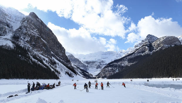 banff-national-park-getty-513517394.jpg
