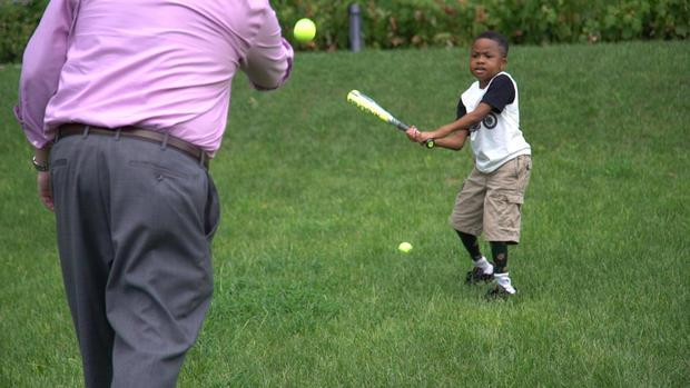 zion-playing-baseball.jpg
