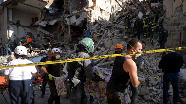 Powerful quake strikes central Italy