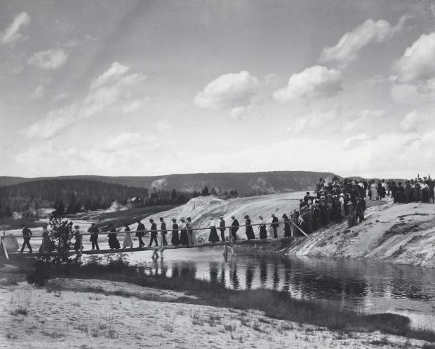 80-a-early-tourists-c1900-1920-yellowstone-e-b-thompson.jpg