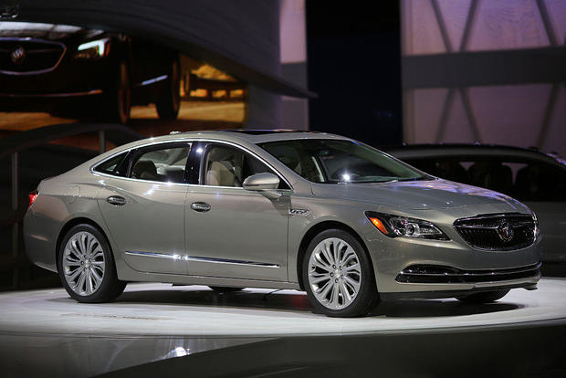 5 huge bargains on 2016 cars that are being redesigned