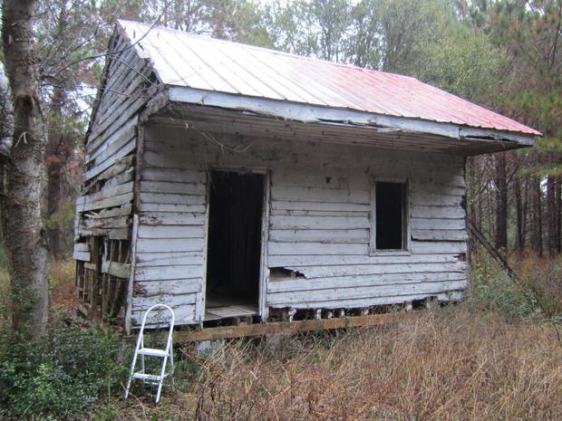 smithsonian-nmaahc-edisto-slave-cabin.jpg