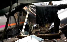 Hoboken, New Jersey, train crashes into station