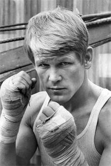 nick-nolte-boxer-rich-man-poor-man-abc-244.jpg