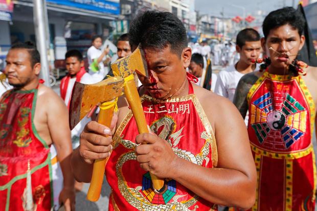 Bizarre vegetarian body piercing festival