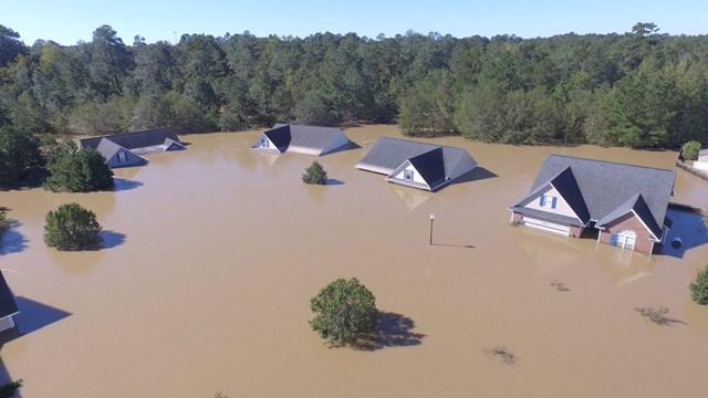 house-underwater.jpg