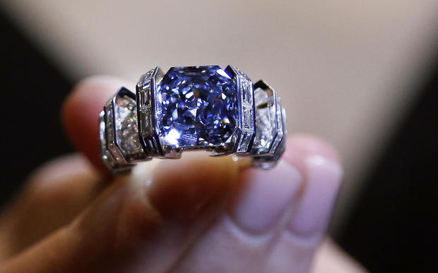 Blue Diamond Ring Could Fetch 25 Million Cbs News