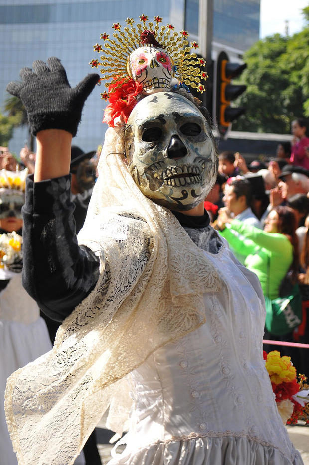day-of-the-dead-getty-619113184.jpg