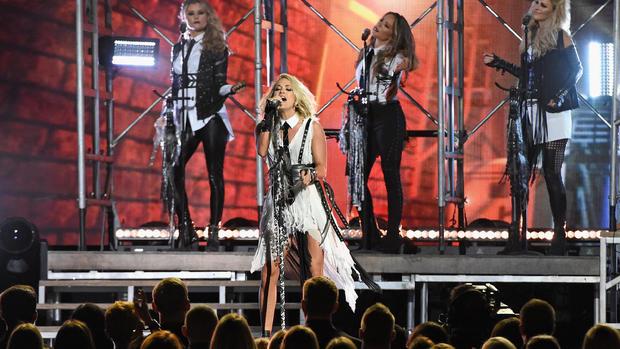 CMA Awards 2016 red carpet