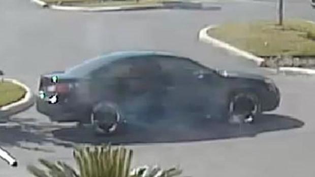 suspect-car-1479670036201-7082291-ver1-0.jpg