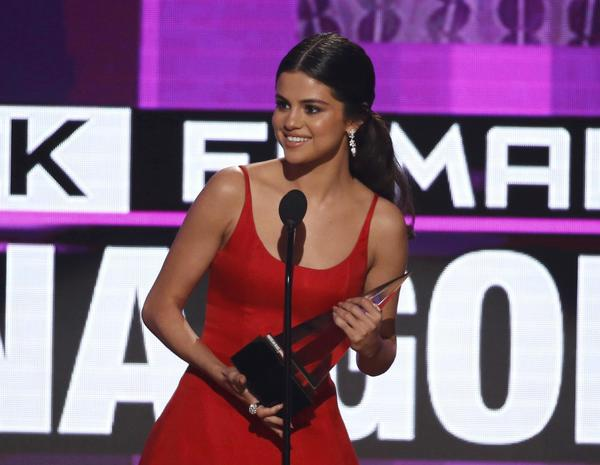 2016 AMAs highlights