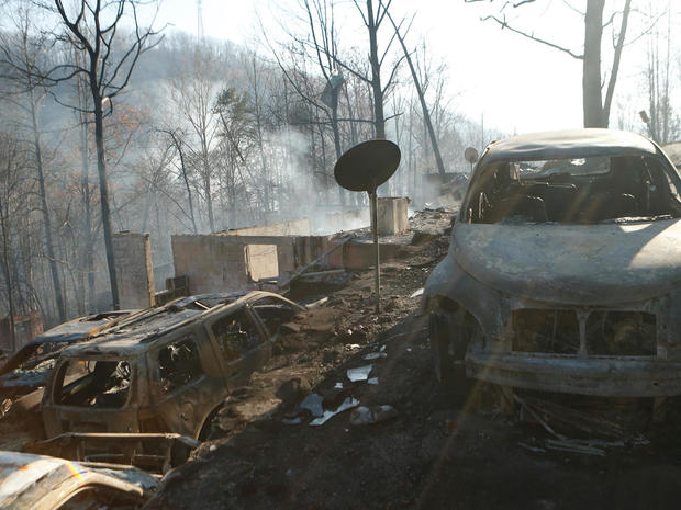 tennessee-wildfire-getty-626477812.jpg